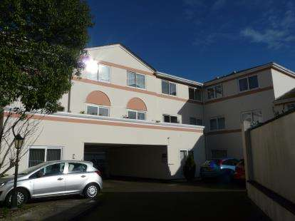 1 Bedroom Retirement Property for sale in Fisher Street, Paignton, Devon
