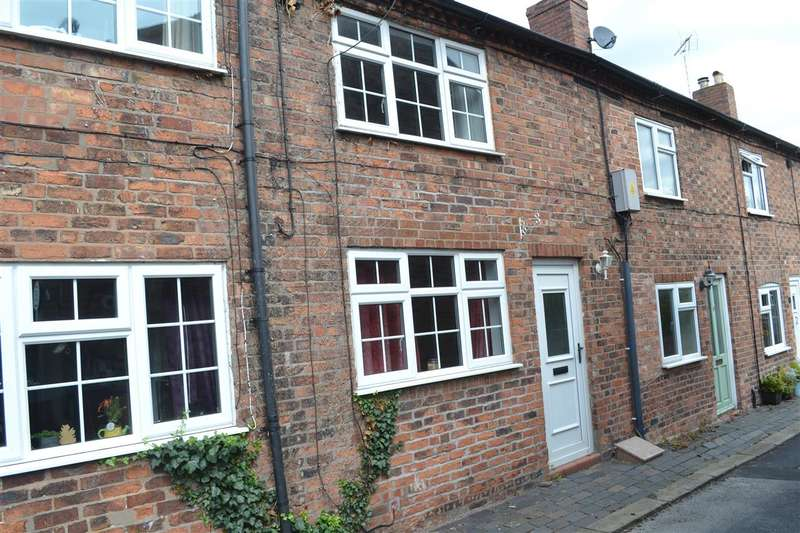 2 Bedrooms Terraced House for sale in Nixons Row, Nantwich