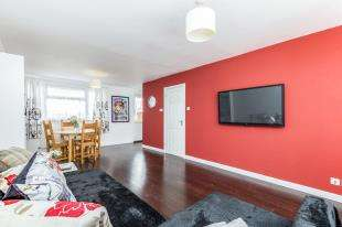 3 Bedrooms End Of Terrace House for sale in Sycamore Road, Bognor Regis, West Sussex