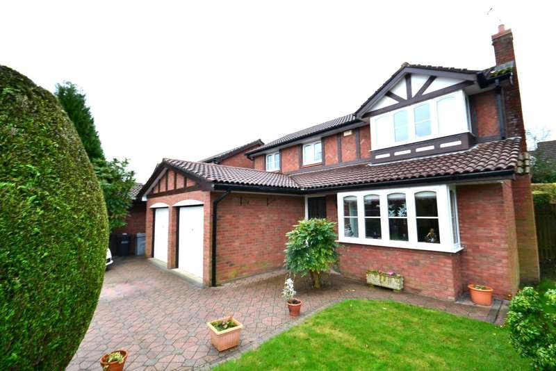 4 Bedrooms Detached House for sale in Underwood Close, Macclesfield