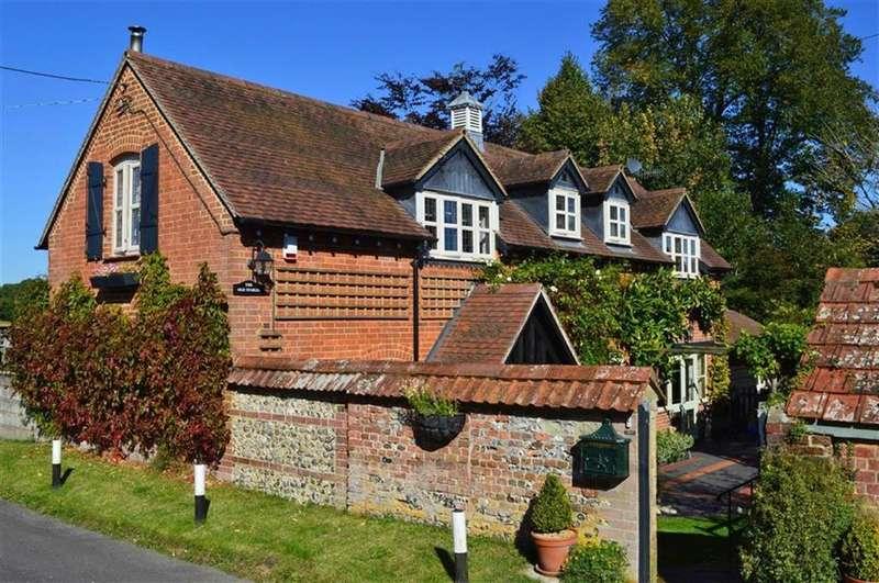 3 Bedrooms Detached House for sale in Manor Road, Wimborne, Dorset