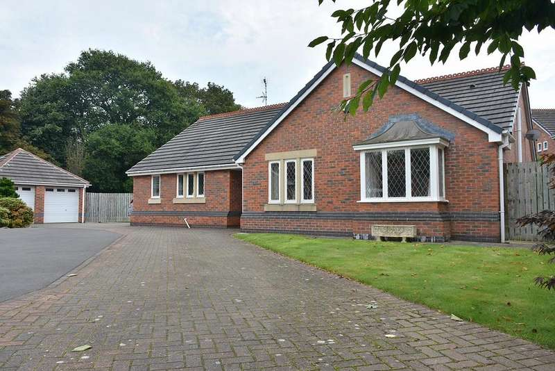 3 Bedrooms Detached Bungalow for sale in Hinchley Close, Hartford