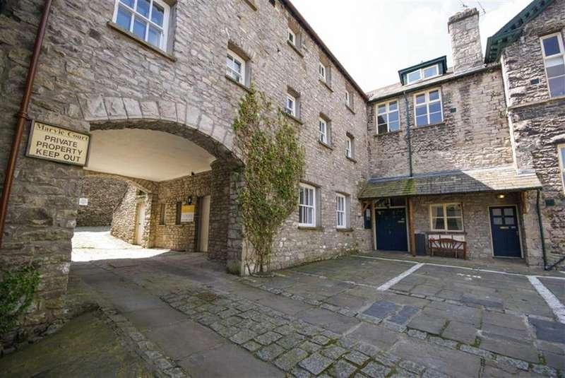 1 Bedroom Flat for sale in 100 Highgate, Kendal, Cumbria