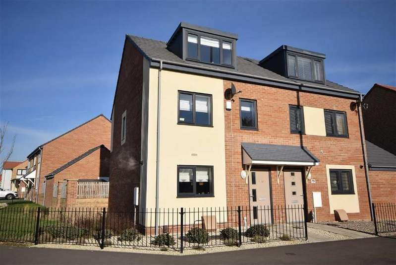 3 Bedrooms Semi Detached House for sale in Lyons Way, South Shields