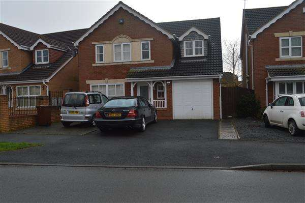 5 Bedrooms Detached House for sale in Newmarket Road, Norton Canes, Cannock