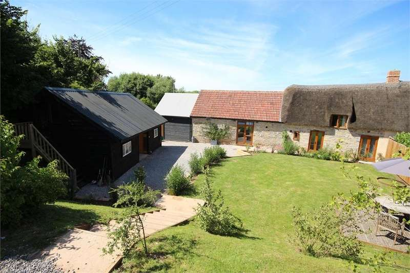 4 Bedrooms House for sale in Henley, LANGPORT, Somerset. TA10 9BG