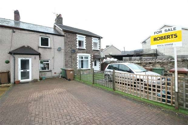 2 Bedrooms Cottage House for sale in Tredegar Street, Risca, Newport
