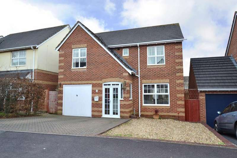 4 Bedrooms Detached House for sale in Coppice Gate, Barnstaple