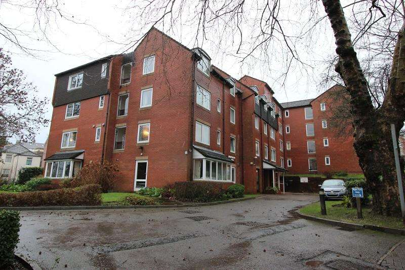 1 Bedroom Flat for sale in Home Valley House, Bryngwyn Road, Newport, Newport. NP20 4JQ