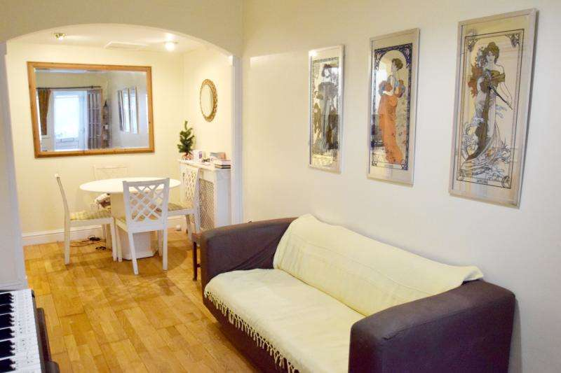 1 Bedroom Flat for sale in Robinson Road, London, SW17