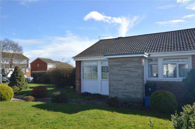 2 Bedrooms Bungalow for sale in Langstone Drive, Exmouth, Devon