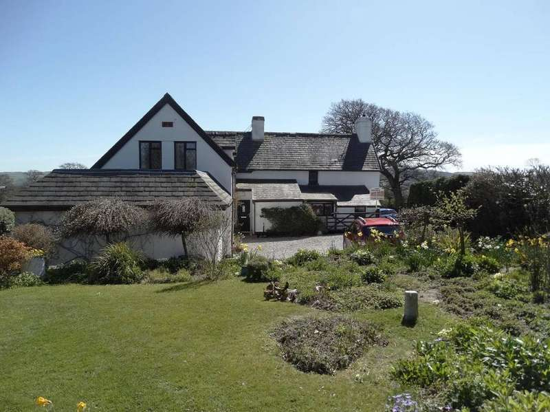4 Bedrooms Detached House for sale in 2 Cefnen Cottages, Old Colwyn, LL29 8UU