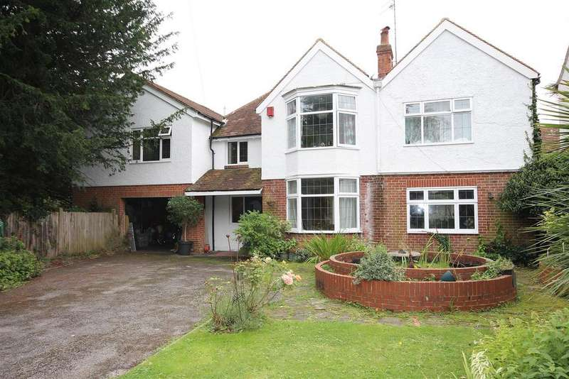 5 Bedrooms Detached House for sale in Withdean Court Avenue, Withdean, Brighton