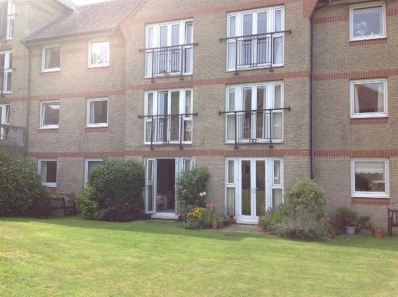 2 Bedrooms Apartment Flat for sale in Briary Court, Egypt Esplanade, Cowes