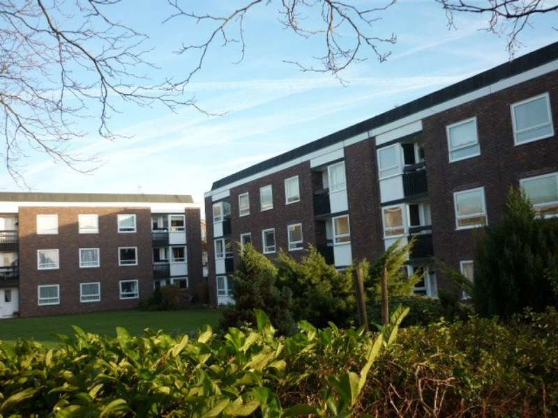 2 Bedrooms Apartment Flat for rent in Lancelyn Court - Spital