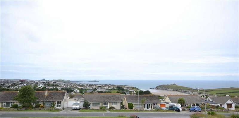2 Bedrooms Apartment Flat for sale in Christian Way, Porth, Newquay, Cornwall, TR7