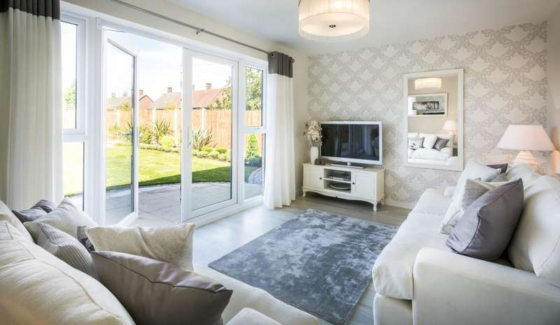 3 Bedrooms Terraced House for rent in Leywood Drive, Newhey