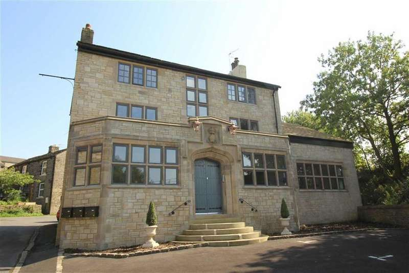2 Bedrooms Apartment Flat for sale in New Smithy, New Smithy, Chinley High Peak