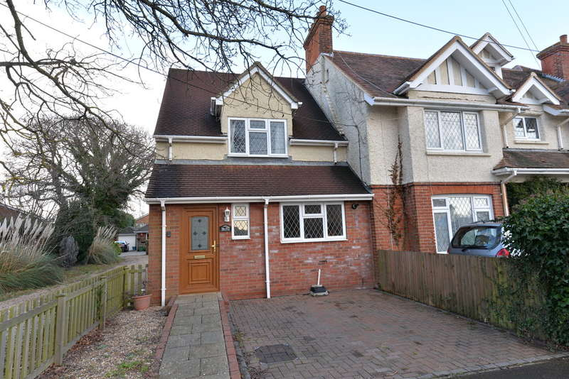 2 Bedrooms Semi Detached House for sale in Mount Avenue, New Milton