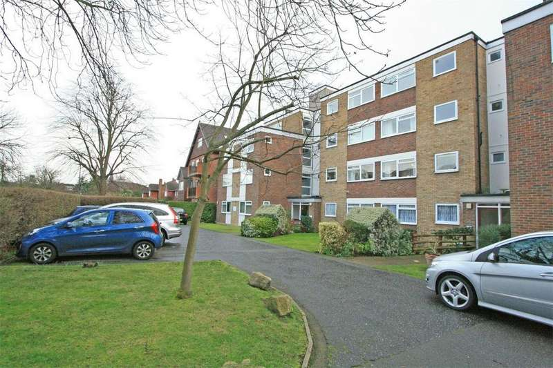 2 Bedrooms Flat for sale in Fairleas, 11 Court Downs Road, Beckenham, Kent