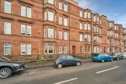 2 Bedrooms Flat for sale in Dundrennan Road, Glasgow