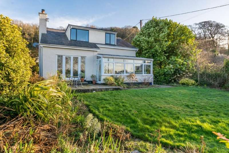 4 Bedrooms Detached House for sale in Tregarth, Bangor, North Wales