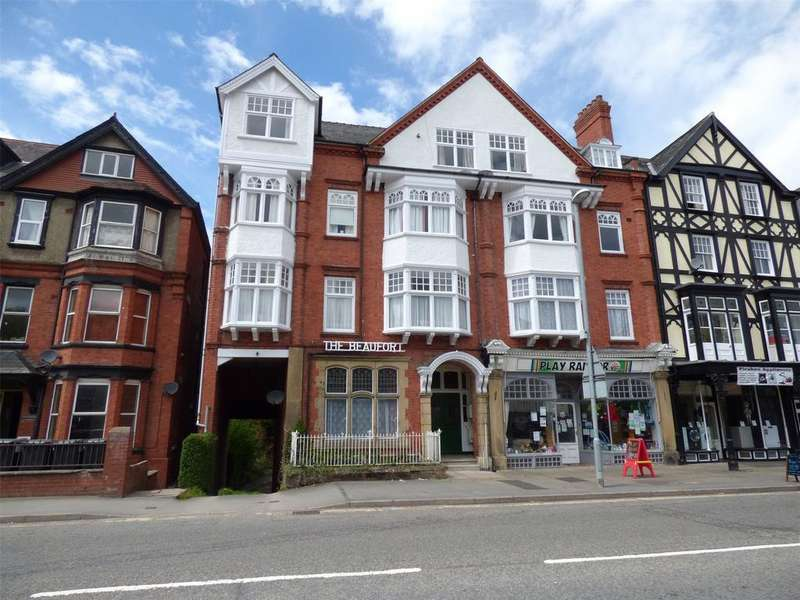 2 Bedrooms Apartment Flat for sale in The Beaufort, Temple Street, Llandrindod Wells, Powys