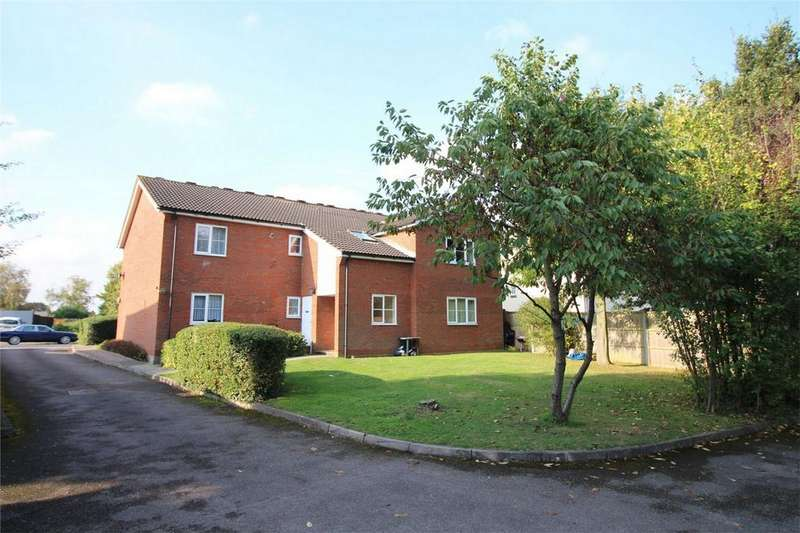1 Bedroom Flat for sale in Ground Lane, Hatfield, Hertfordshire