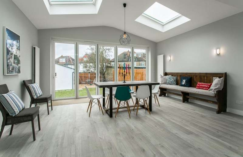 4 Bedrooms Semi Detached House for sale in Kirkstall Road, London, SW2