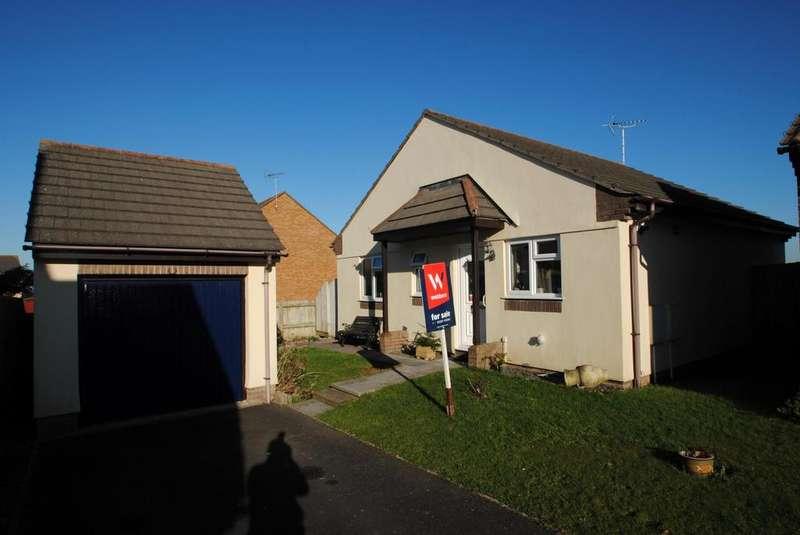 2 Bedrooms Bungalow for sale in Britannia Way, Westward Ho!