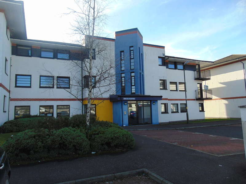 3 Bedrooms Apartment Flat for sale in Whiteside Court, Bathgate, West Lothian