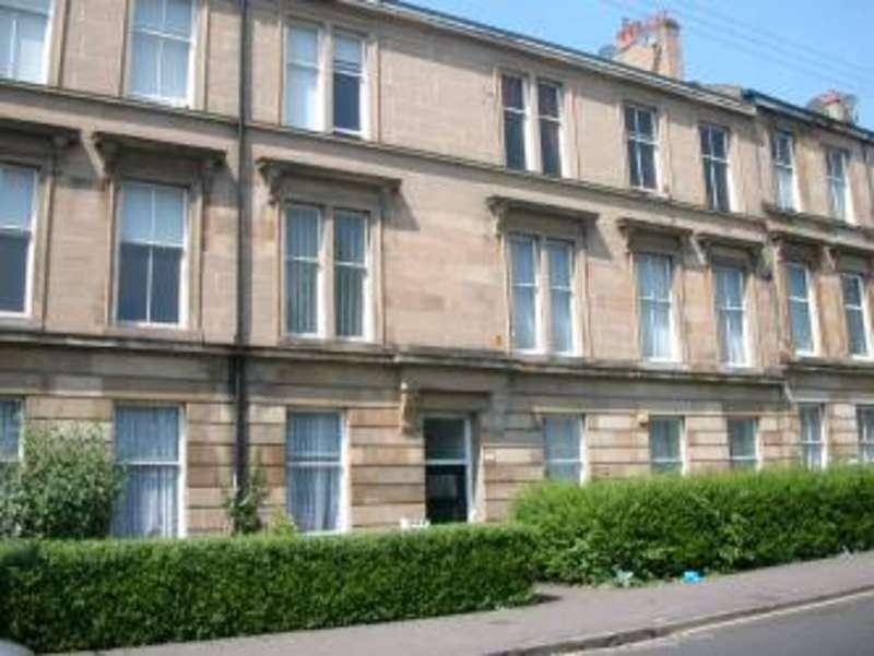 3 Bedrooms Flat for rent in Darnley Street, Pollokshields, Glasgow