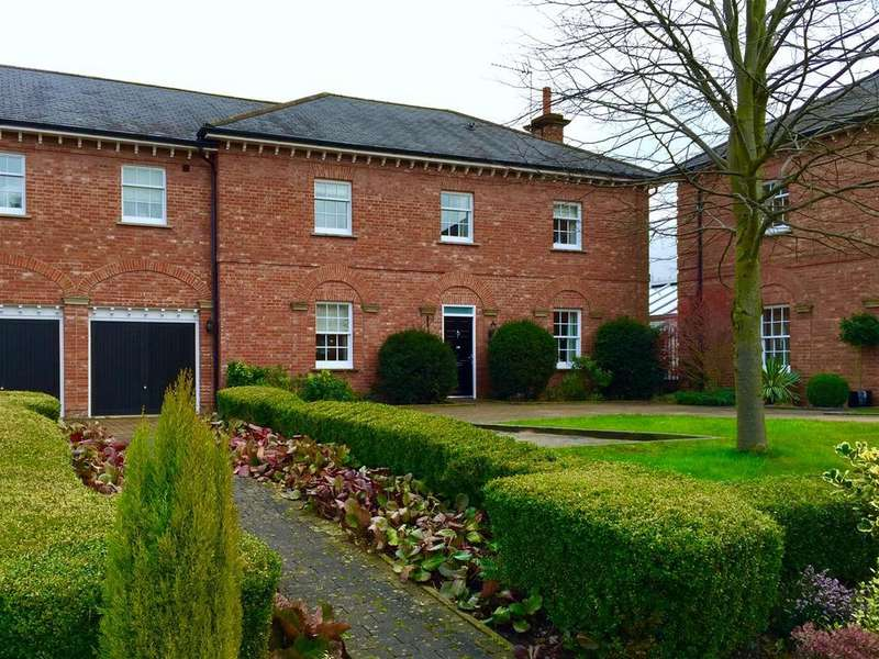 4 Bedrooms House for sale in Lawton Hall Drive, Church Lawton