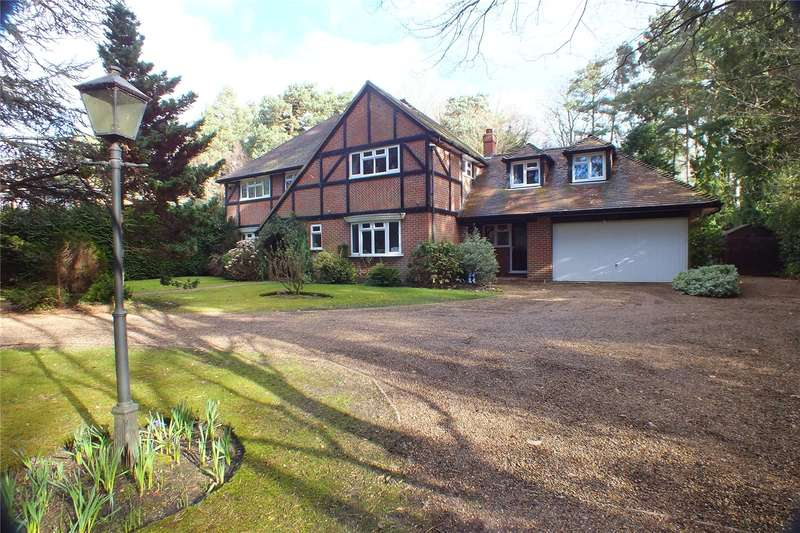 6 Bedrooms Detached House for sale in Fitzroy Road, Fleet, Hampshire, GU51