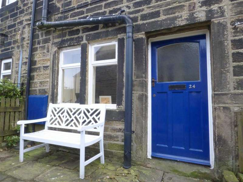 2 Bedrooms Cottage House for sale in Uppergate, Hepworth, HOLMFIRTH, West Yorkshire, HD9