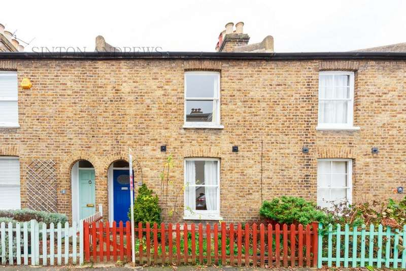 2 Bedrooms House for sale in Kerrison Place, Ealing, W5