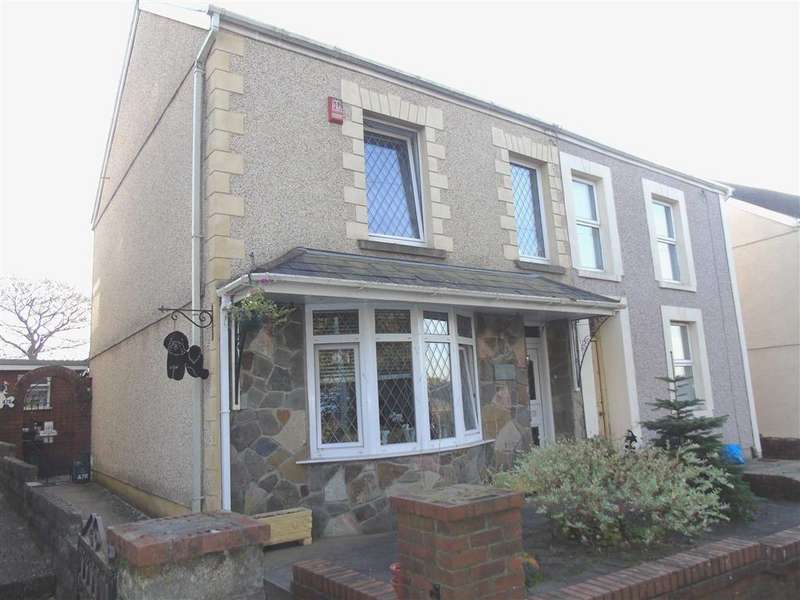 3 Bedrooms Semi Detached House for sale in Heol Las, Birchgrove, Swansea