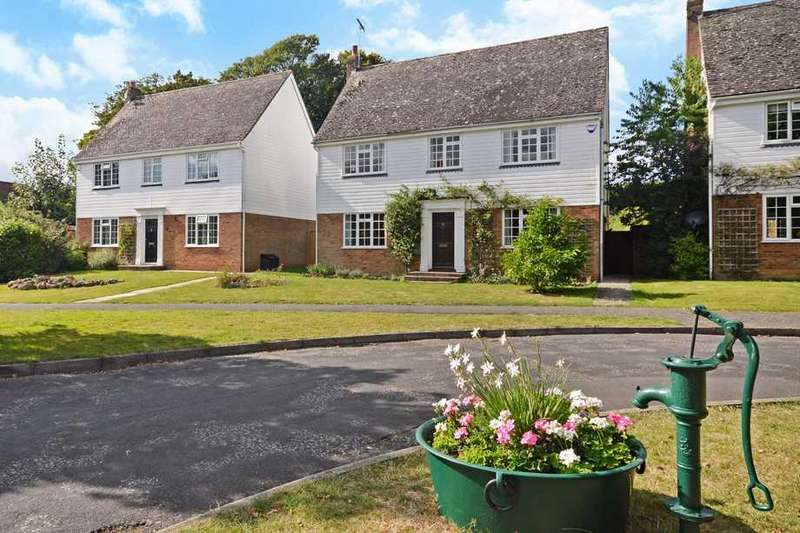 4 Bedrooms Detached House for sale in Egerton, TN27