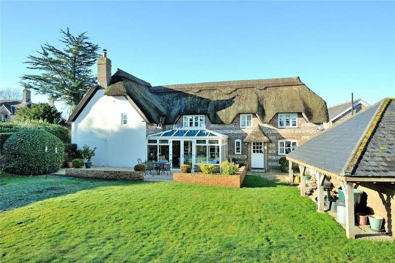 4 Bedrooms Detached House for sale in West Street, Winterborne Kingston, Blandford Forum, Dorset