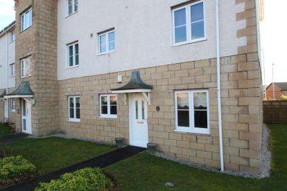 2 Bedrooms Flat for sale in John Neilson Avenue, Paisley, Renfrewshire