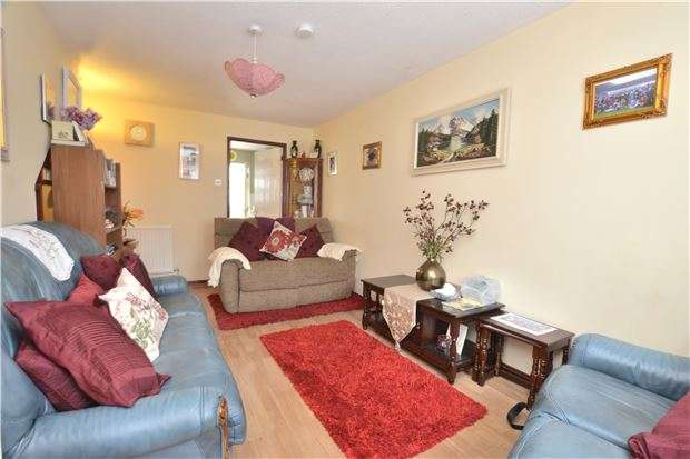 2 Bedrooms Semi Detached House for sale in India Road, GLOUCESTER, GL1 4DW