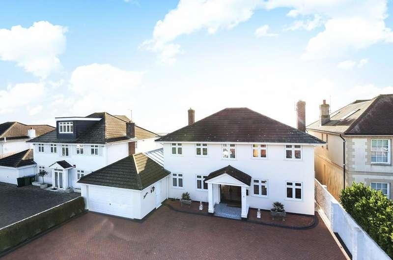 4 Bedrooms Detached House for sale in Arun Way, Aldwick Bay Estate, Bognor Regis, PO21