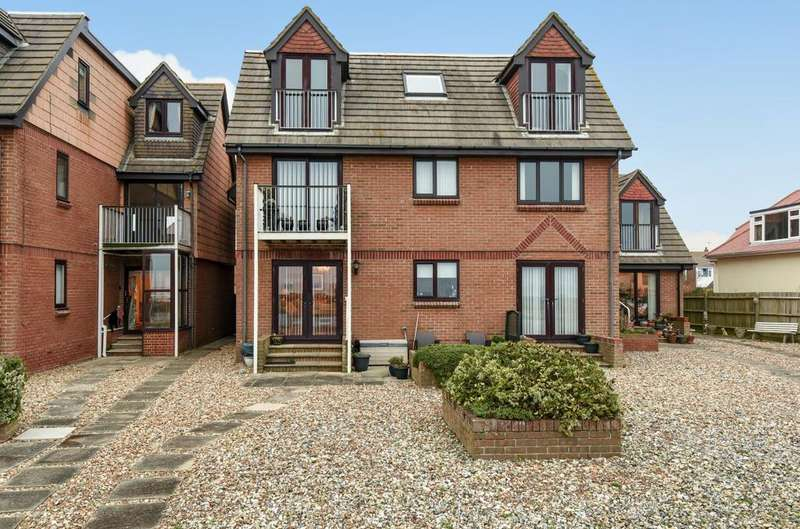 2 Bedrooms Retirement Property for sale in Villa Plage, Elmer, Bognor Regis, PO22