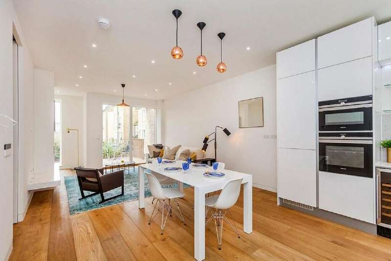 4 Bedrooms Town House for sale in Highbury Grove, Highbury, N5
