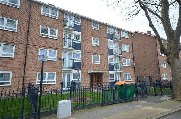 2 Bedrooms Apartment Flat for sale in Market street , East Ham