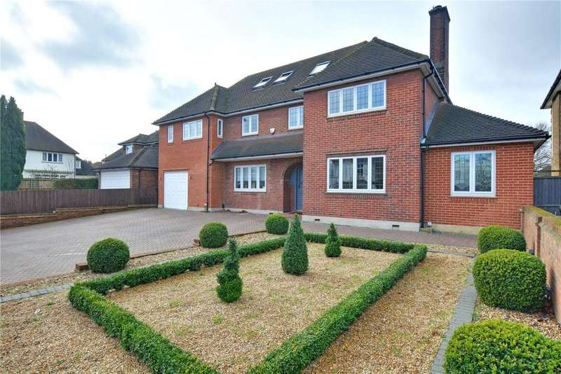 5 Bedrooms Detached House for sale in Court Farm Road, London, SE9