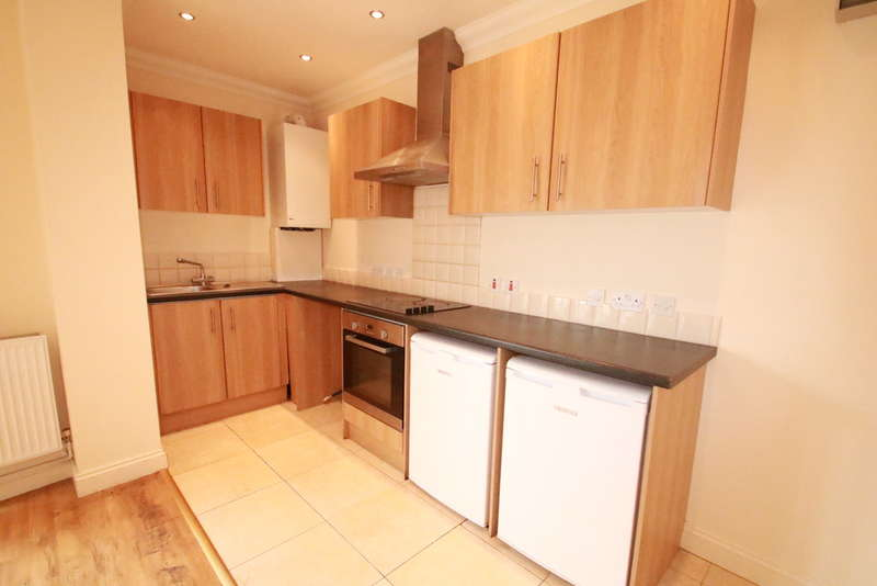 Apartment Flat for sale in 1E Selsdon Road, South Croydon