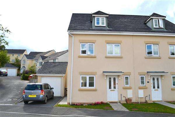 3 Bedrooms Semi Detached House for sale in Parc Starling, Johnstown, Carmarthen