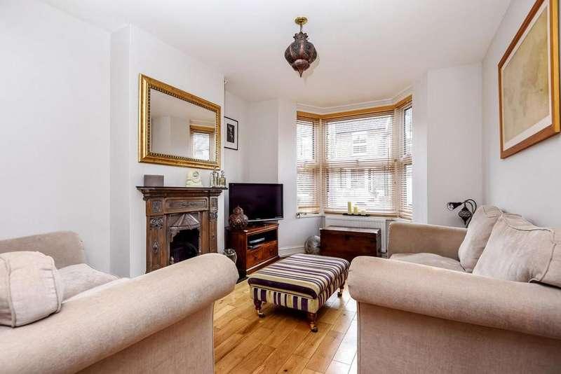 3 Bedrooms Terraced House for sale in Camden Grove, Chislehurst, BR7