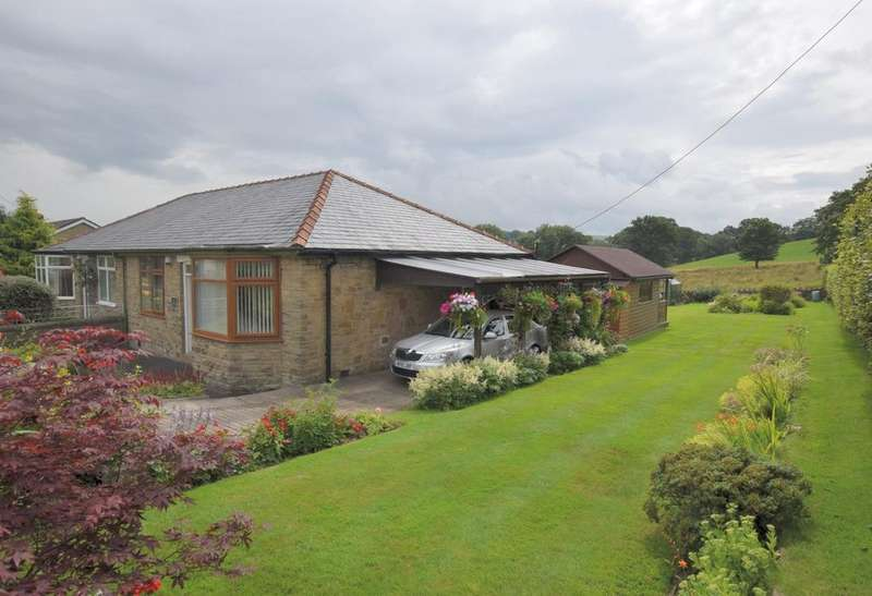 2 Bedrooms Semi Detached Bungalow for sale in Macclesfield Road, Whaley Bridge